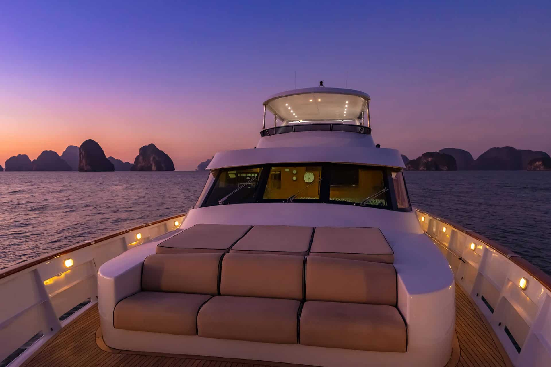 AJAO Yacht Boat Cruises Luxury Experience Thailand 09 1920px