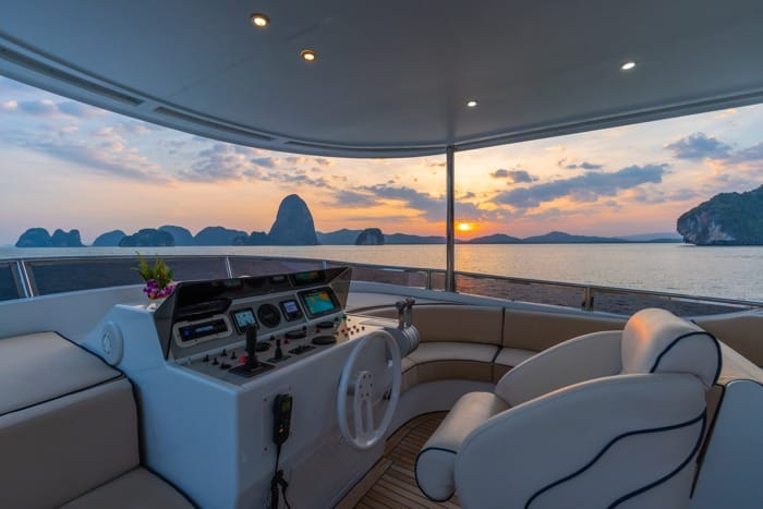 AJAO Yacht Boat Cruises Luxury Experience Thailand 14 700px