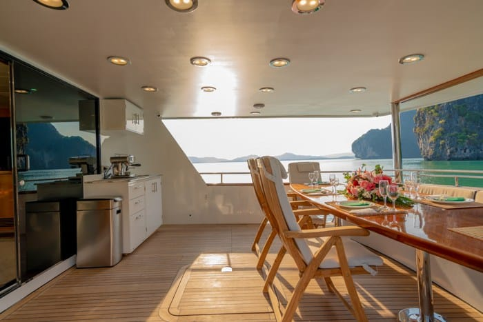 AJAO Yacht Boat Cruises Luxury Experience Thailand 16 700px