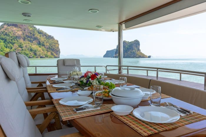 AJAO Yacht Boat Cruises Luxury Experience Thailand 22 700px