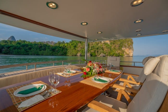AJAO Yacht Boat Cruises Luxury Experience Thailand 27 700px