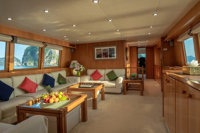 AJAO Yacht Boat Cruises Luxury Experience Thailand 28 700px