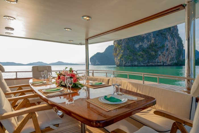 AJAO Yacht Boat Cruises Luxury Experience Thailand 30 700px