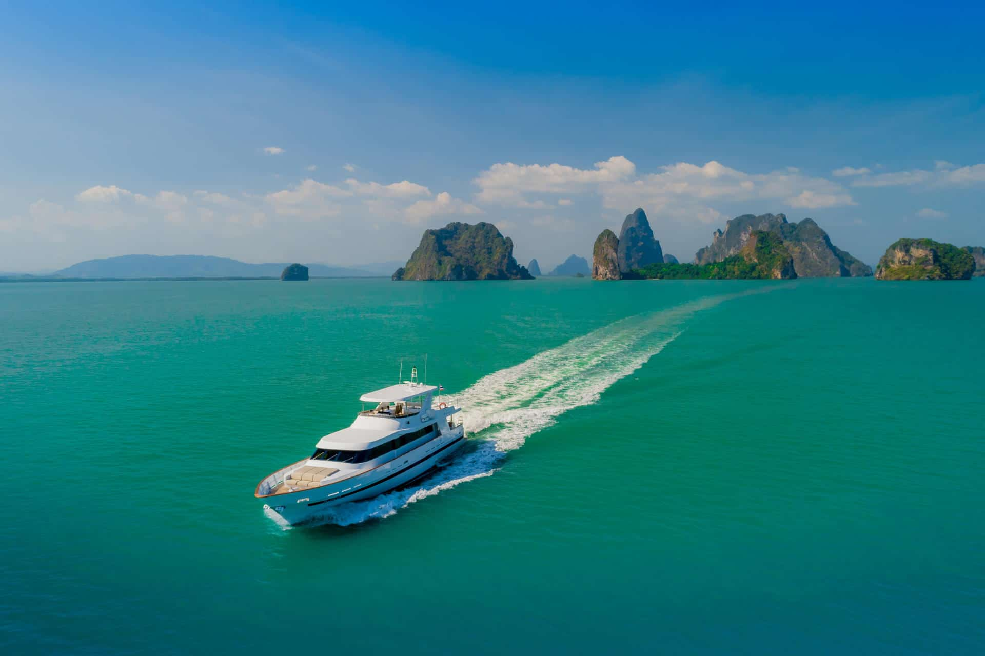 AJAO Yacht Boat Cruises Luxury Experience Thailand 44 1920px