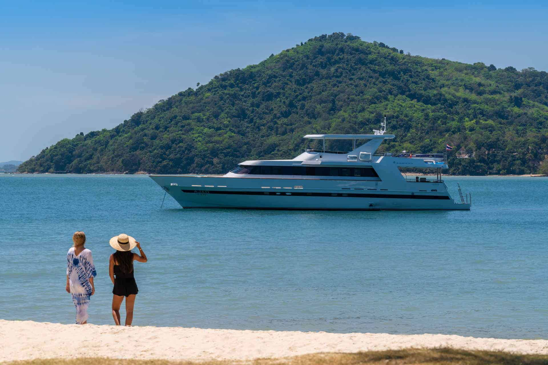 AJAO Yacht Boat Cruises Luxury Experience Thailand Activities 9 1920px