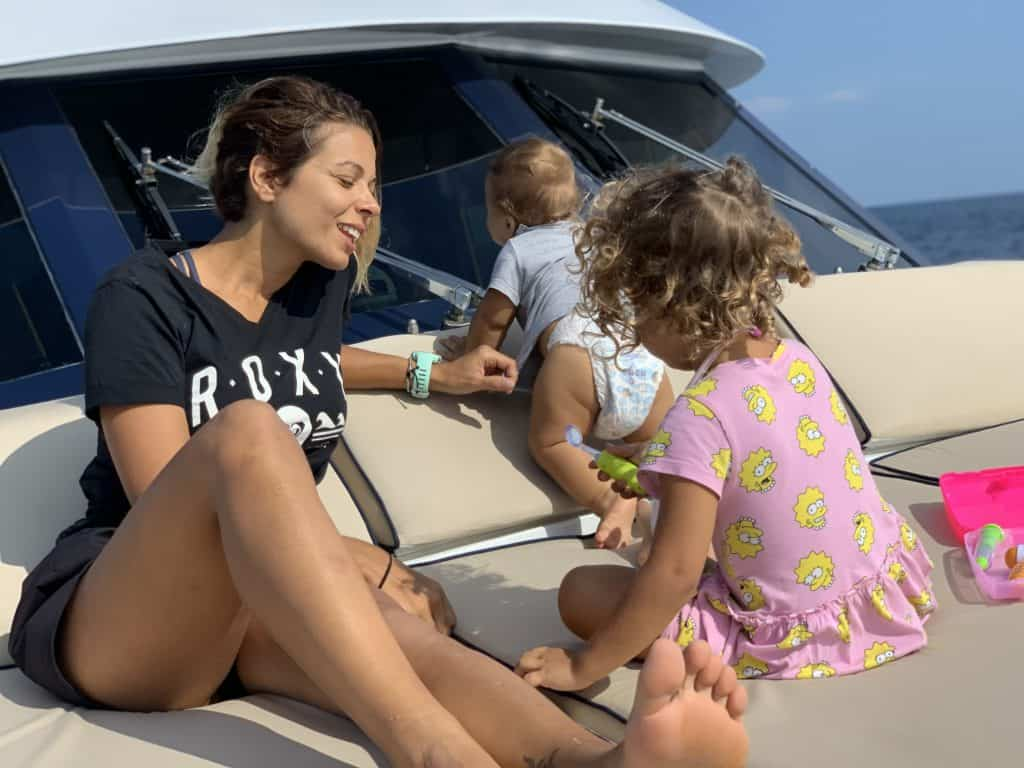 Ajao Cruises Mother With Kids On Board The Yacht